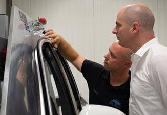 """Coming soon… HR-MoPrIn extends its offer by the field of EXTRUSION """"EPDM/TPE profiles""""."""
